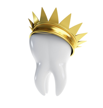 3D image of the tooth with golden crown